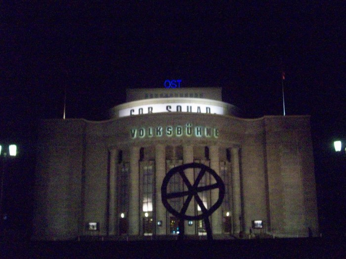 Volksbühne am Rosa-Luxemburg-Platz Crédit Photo Aurore Guérin