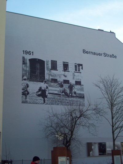 Bernauer Strasse Berlin 2012Photo